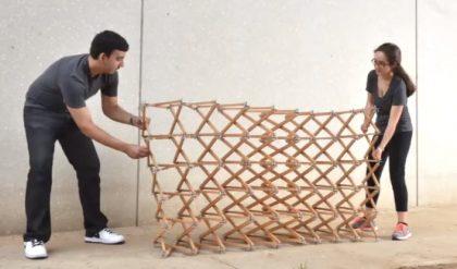 دیوار جمع شونده طراحی شده توسط دانشجویان سال چهارم در دانشکده معماری دانشگاه Texas A