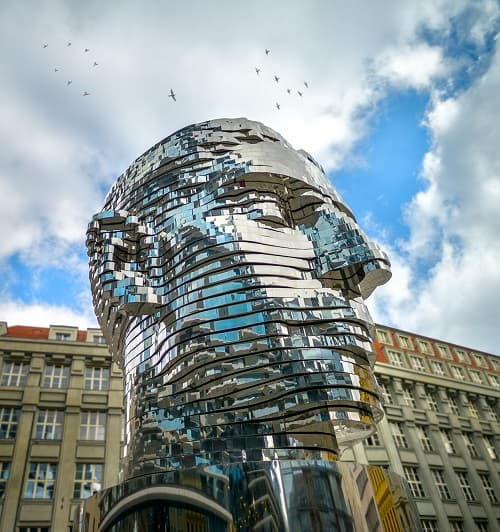 Installation Art - David Cerny Kafka Head